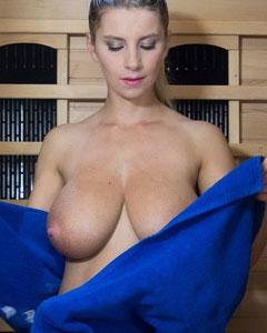 Katerina Hartlova Sauna